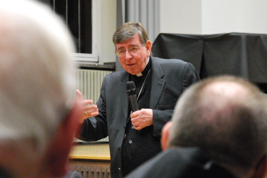 Kurt Kardinal Koch, Präsident des Päpstlichen Rates zur Förderung der Einheit der Christen, zu Gast bei der Montagsakademie im Audimax der Theologischen Fakultät Paderborn.   Foto: ThF-PB
